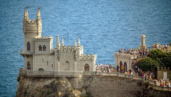 Памятник архитектуры и истории Ласточкино гнездо в Крыму