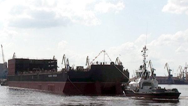 Головной энергоблок плавучей АЭС Академик Ломоносов, архивное фото