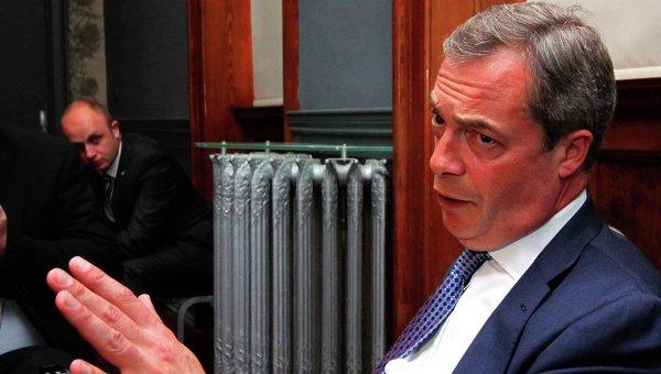 Член Европарламента, лидер Британской партии независимости Найджел Фарадж