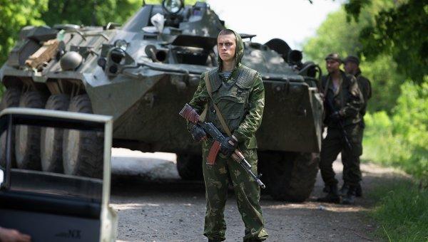 Украинские военные возле Краматорска. Архивное фото