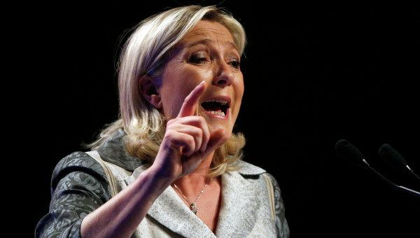 Французский политик Марин Ле Пен