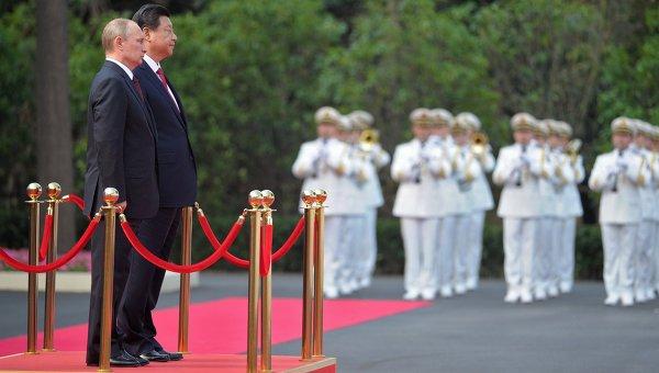 Официальный визит В.Путина в Китайскую Народную Республику. Архивное фото.