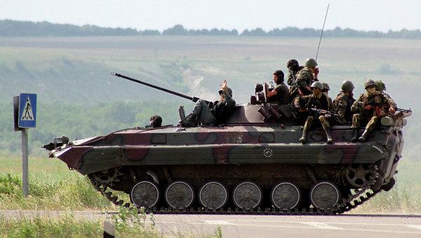 Члены украинской национальной гвардии. Архивное фото