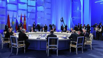 Заседание расширенного состава Высшего Евразийского экономического совета. Архивное фото