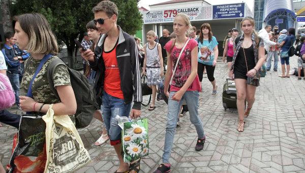 Дети из Славянска прибыли на отдых в Крым