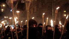 Украинские националисты во время шествия на площади Независимости в Киеве. Архивное фото