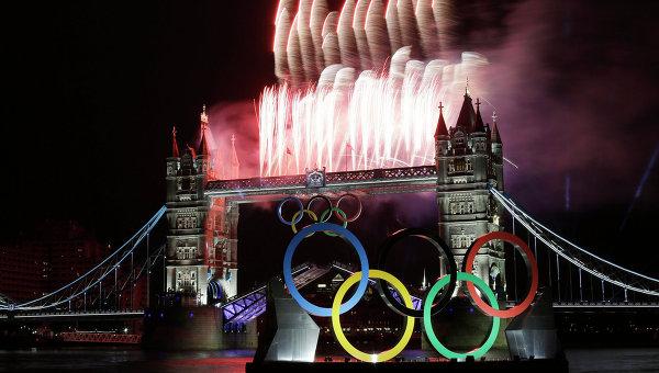Тауэрский мост в Лондоне во время Олимпиады