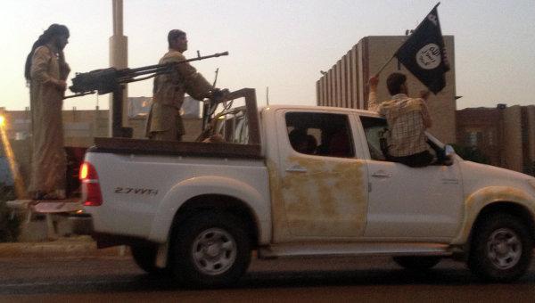 Боевики-исламисты в Ираке. Архивное фото