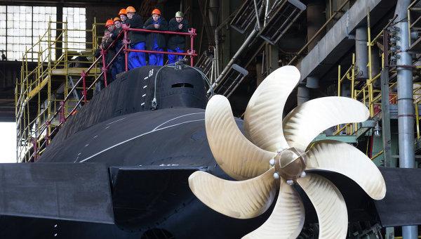 Спуск на воду дизель-электрической подводной лодки Ростов-на-Дону