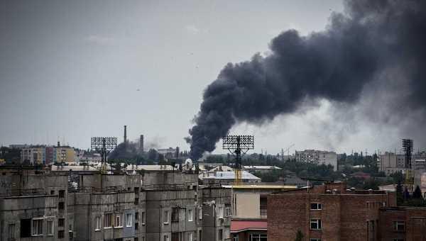Луганск во время артиллерийского обстрела