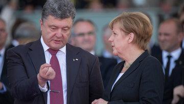 Президент Украины Петр Порошенко и канцлер ФРГ Ангела Меркель. Архивное фото