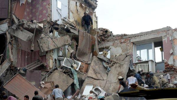 Дом, разрушенный в результате налета украинской авиации в Донецкой области. Архивное фото.