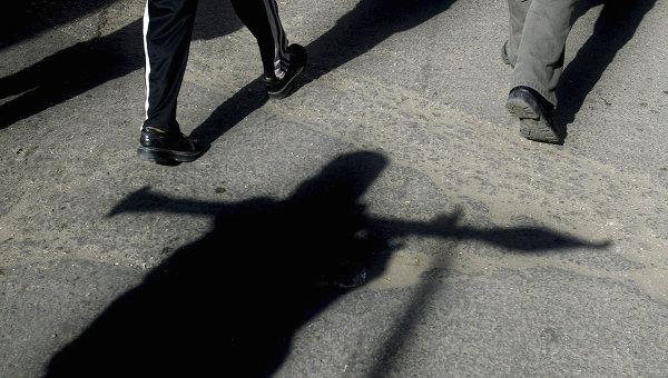 Человек с оружием. Архивное фото