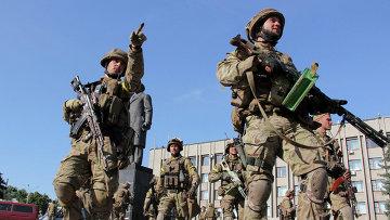 Украинские военные в Славянске. Архивное фото