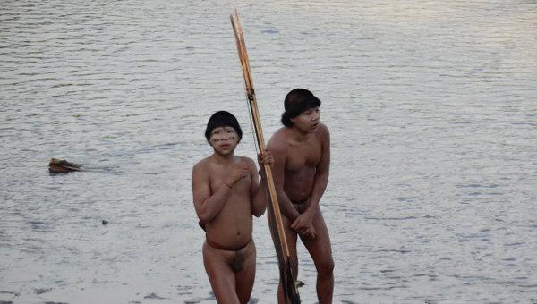Группа индейцев в Бразилии впервые вступила в контакт с цивилизацией