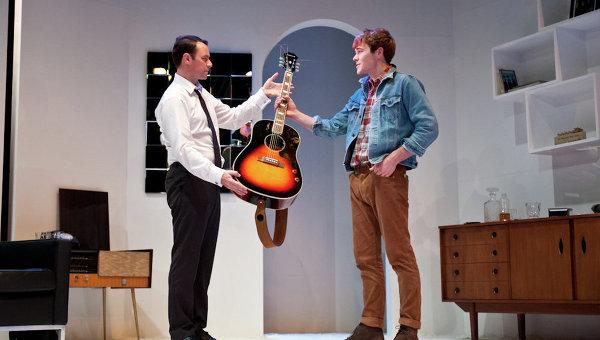 Постановка мюзикла Джен Хейс «Эпстайн: человек, который создал Beatles»