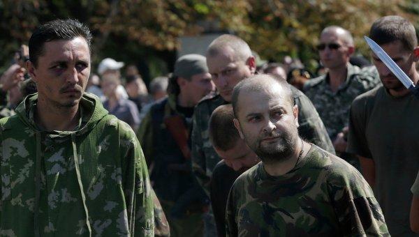 Пленные украинские военнослужащие. Архивное фото