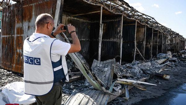 Представитель ОБСЕ фиксирует разрушения от обстрела украинскими военными Донецка
