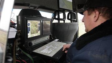 Пульт управления беспилотным летательным аппаратом. Архивное фото