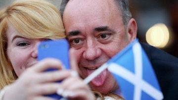 Первый министр Шотландии Алекс Салмонд на встрече с общественностью, Шотландия
