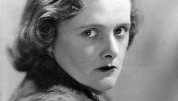 Английская писательница и биограф Дафна Дю Морье