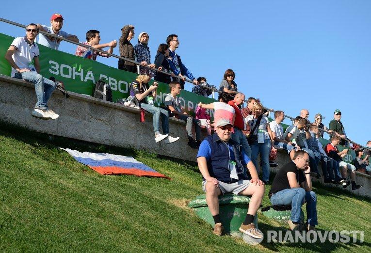Зрители на российском этапе гонок Формула-1