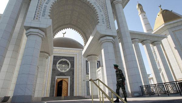 Главная мечеть Туркменистана Туркменбаши Рухы