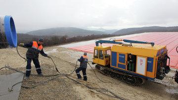 Рабочие на строительной площадке газопровода Южный поток в Анапе. Архивное фото