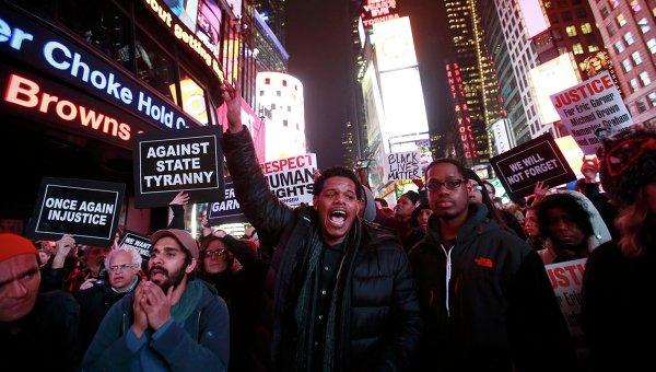 Протестующие на улицах Нью-Йорка