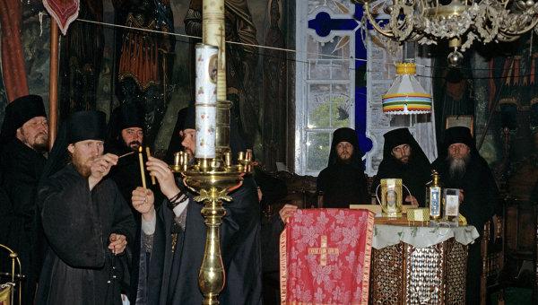 Насельники монастыря Святого Пантелеймона на Афоне