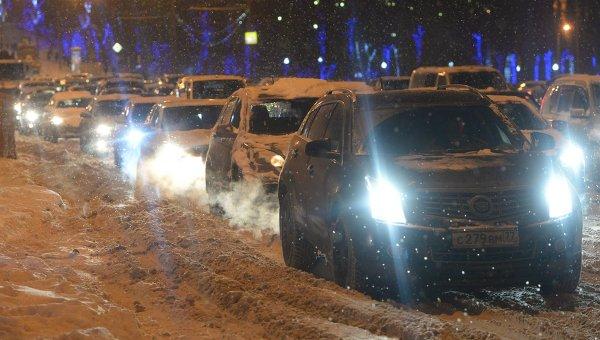 Снегопад в Москве. Архивное фото