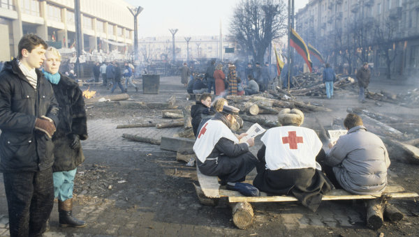 Литва во время трагических событий января 1991 года. Архивное фото