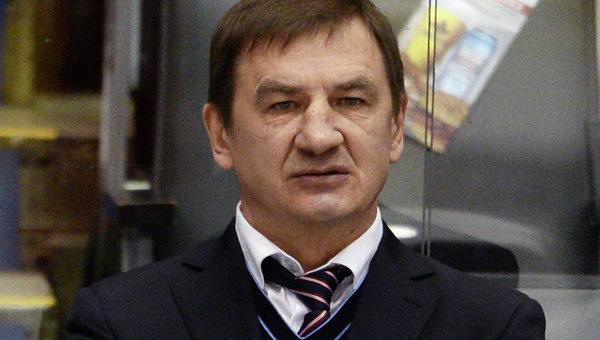 Главный тренер молодежной сборной по хоккею Валерий Брагин. Архивное фото
