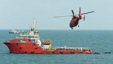 Поисковая операция на месте крушения самолета AirAsia в Яванском море