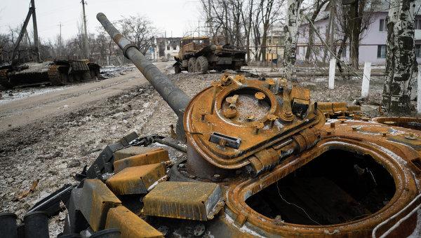 Прямая и явная угроза. Дмитрий Ярош собирается в Россию на танке