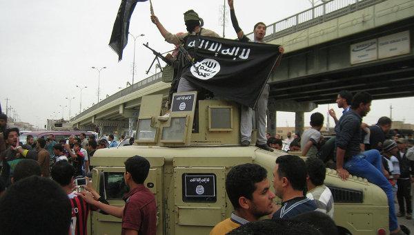 Флаг группировки ИГ. Эль-Фаллуджа, Ирак. Архивное фото