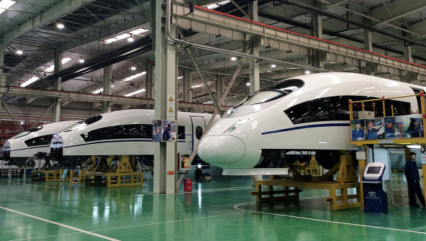 Постройка высокоскоростных поездов, Китай. Архивное фото
