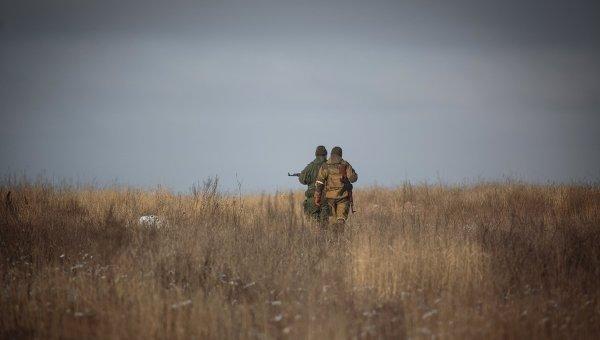 Ополченцы вблизи поселка Малая Горловка в Донецкой области
