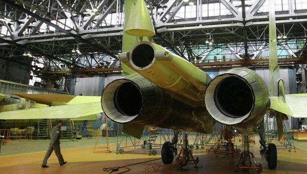 Самолет Су-30 МКИ в цехе окончательной сборки на Иркутском авиационном заводе. Архивное фото