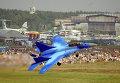 Палубный истребитель МиГ-29К во время показательных полетов на авиасалоне в Жуковском