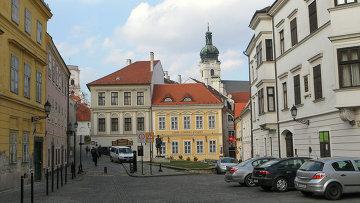 Виды города Дьора. Венгрия