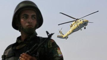 Военнослужащий египетской армии в Каире. Архивное фото