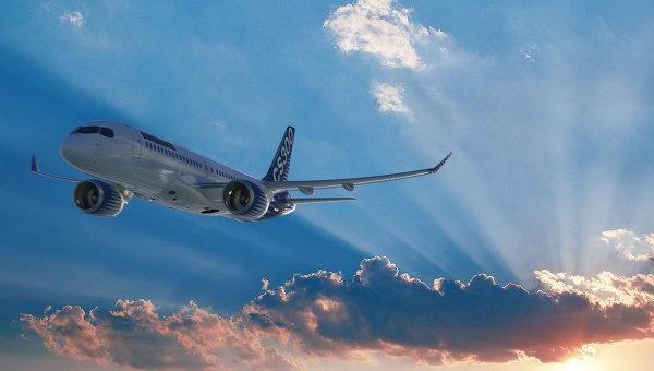 Самолет Bombardier CSeries 300. Архивное фото