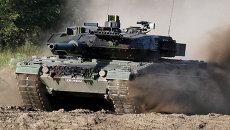 Немецкий военный танк Leopard-2. Архивное фото