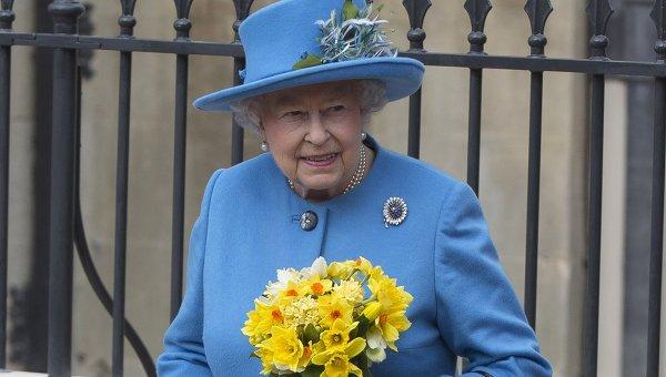 Королева Великобритании Елизавета II после пасхального богослужения в Виндзорском замке