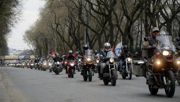 Участники мотопробега клуба Ночные волки в Екатеринбурге. Архивное фото