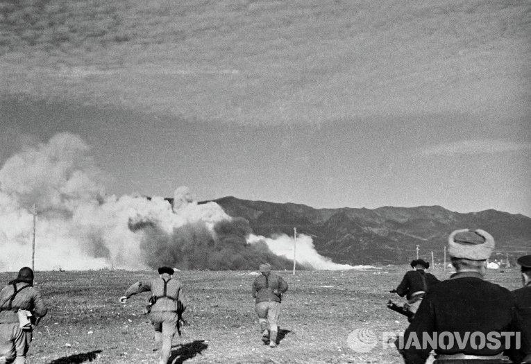 Оборона Севастополя, наступление морской пехоты