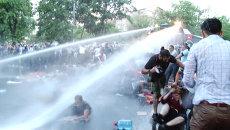 Полиция Еревана водометами разгоняла несогласных с ростом цен на электричество