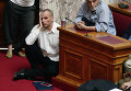Министр финансов Греции Янис Варуфакис в парламенте Греции