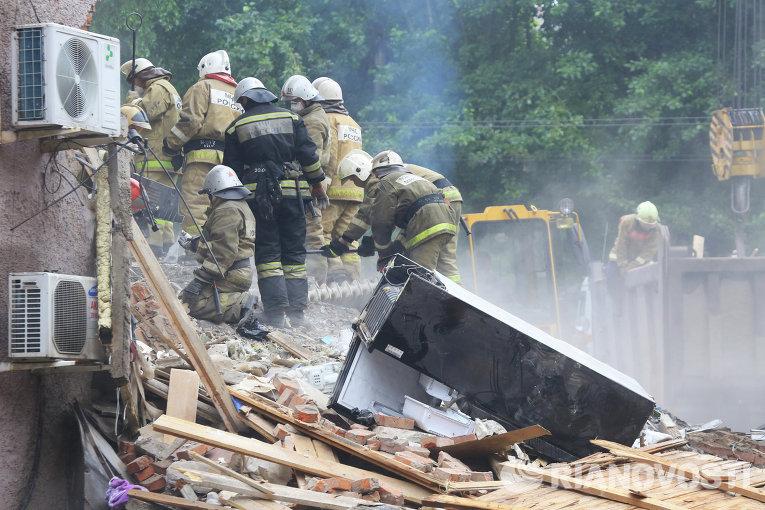 Image result for ри обрушении части дома в Ижевске